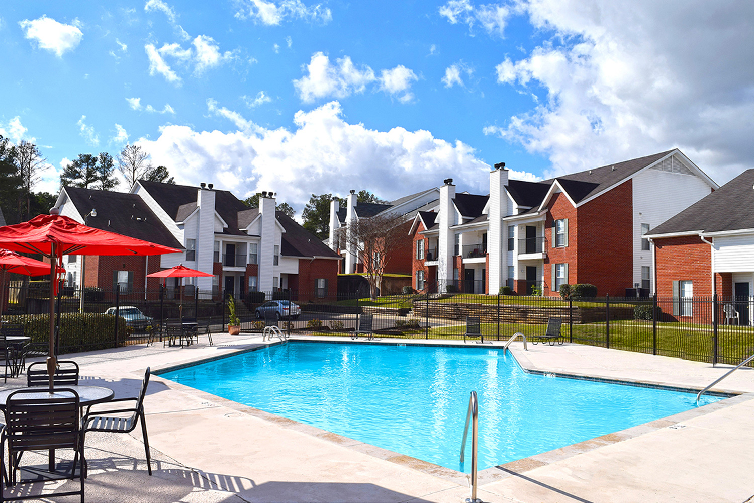 Balfour Beatty Communities acquires 220-unit multifamily property; marks first asset in Jackson market